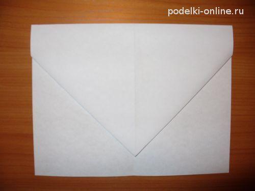 Подгибаем бумажную заготовку
