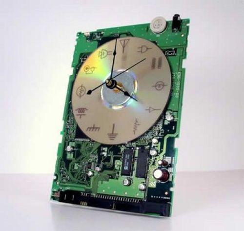 Часы из платы от cdrom