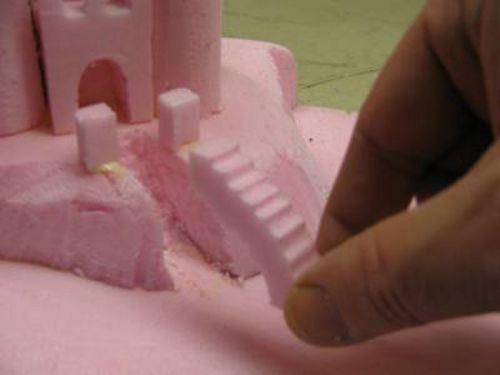 Замок своими руками из монтажной пены
